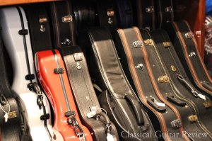 http://www.classicalguitarreview.com/wp-content/uploads/2010/07/Classical-Guitar-Cases.jpg