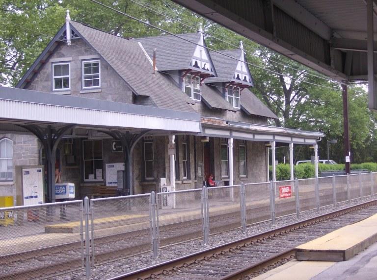 Swarthmore Station